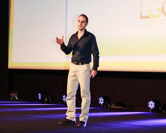 Vcitor lecturing on increasing eBay sales with optimization, eBay Israel conference 2013